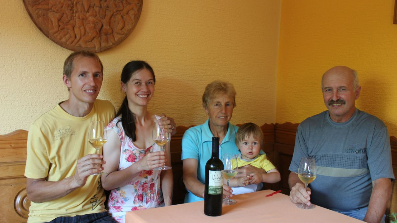 Tri generacije družine Valentan